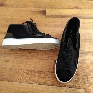 Vionic Splendid 'Torri' Black Sneaker 9.5